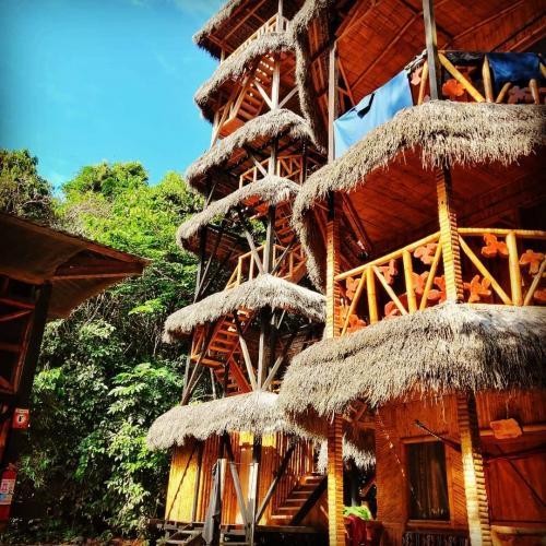 Bamboo Lodge Towers